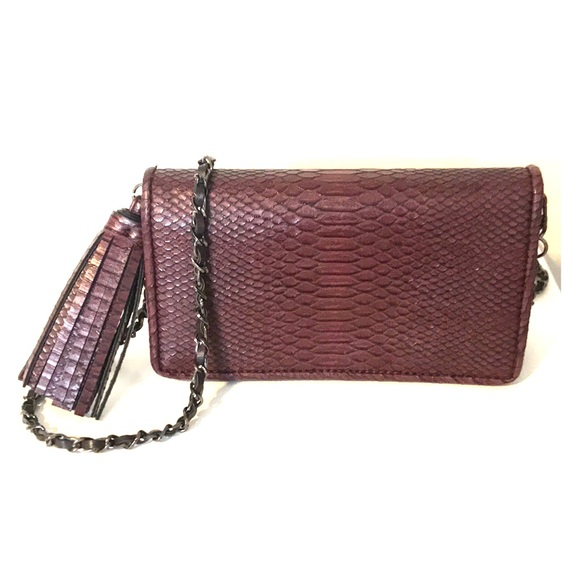 Zara Bags   Faux Croc Burgundy Crossbody   Poshmark 673be11892